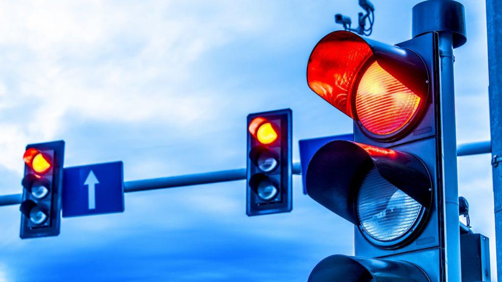 Rote Ampel ueberfahren Bussgeldkatalog 2020