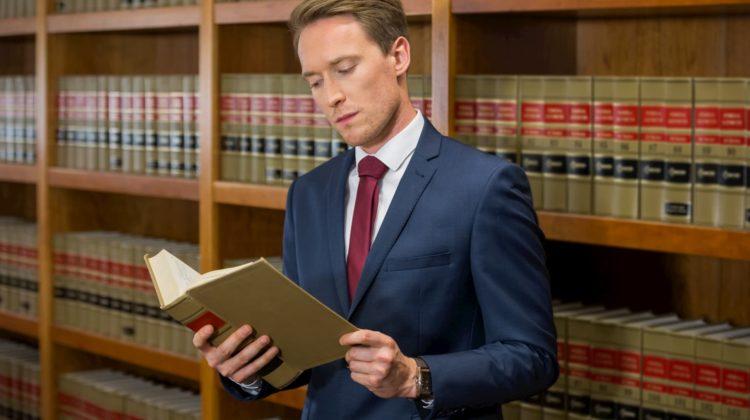 Anwalt für Verkehrsrecht - verkehrsrechtsanwalt24.de